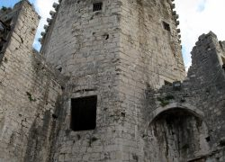 tower-2172599_1280